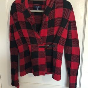 Pull over checkered sweater